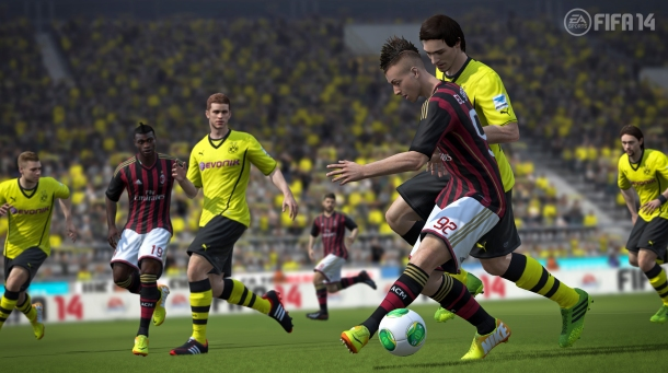 fifa14_ps3_jostle_for_ball_wm