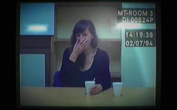 Her-Story-Screenshot-Black-Top-B
