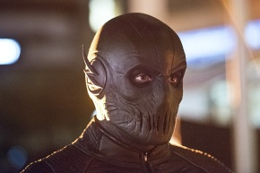 Zoom's Identity Reveal Seems To Be Close in New 'The Flash' Trailer